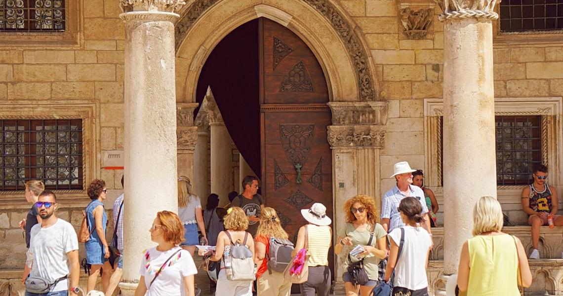 CULTURE, FOOD & WINE IN DALMATIA