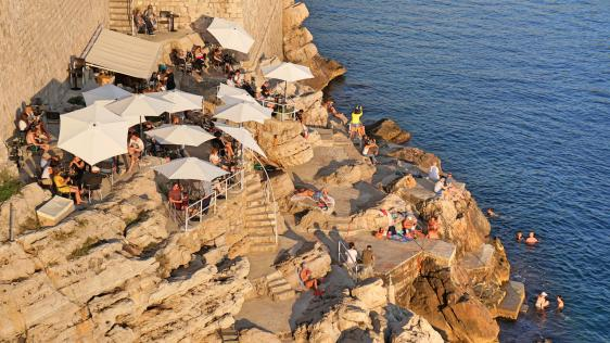 Dubrovnik arrival & foodie tour